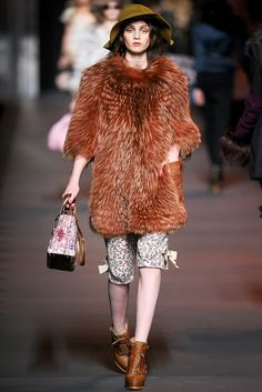 Christian Dior - Fall Winter 2011/2012 Ready-To-Wear - Shows - Vogue.it