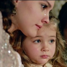 Lucrezia et Dénitza Goddess Of Destruction, Kosem Sultan, Dakota And Elle Fanning, Tale As Old As Time, A Child Is Born, Writing Inspiration, Character Inspiration, Three Boys, Turkish Fashion