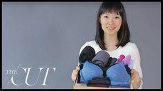 Everything you need to know about the KonMari Method for your own Marie Kondo Tidy Up project! Marie Kondo Konmari, How To Fold Underwear, Organiser Son Dressing, Slim Hangers, Konmari Methode, Organizar Closet, Folding Laundry, Tidy Up, Organization Hacks