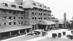 East front entrance with cars at Grove Park Inn
