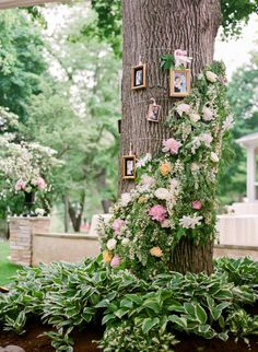 ✔ 22 fantastic outdoor wedding decoration ideas for 2019 trends 00016 Wedding Story, Wedding Pics, Wedding Blog, Wedding Ceremony, Wedding Things, Outdoor Wedding Decorations, Table Decorations, Celtic Wedding, Photo Tree