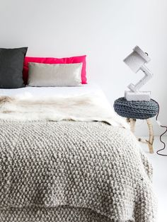 Knitted blanket & nightstand