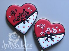 Valentine's Heart Cookies by Amigalletas on Etsy, $29.99