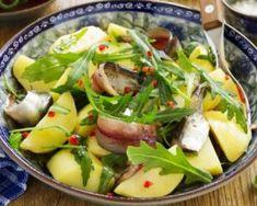 Salade light de pommes de terre aux harengs : http://www.fourchette-et-bikini.fr/recettes/recettes-minceur/salade-light-de-pommes-de-terre-aux-harengs.html