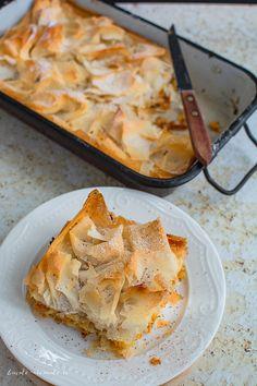 10 rețete cu dovleac pe care să le faci toamna aceasta | Bucate Aromate Spanakopita, Gluten, Ethnic Recipes, Food, Pie, Backen, Meal, Essen, Hoods