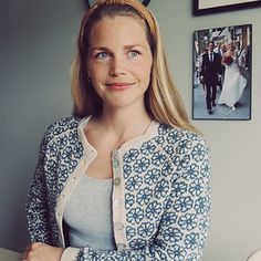 Ravelry: Garntopiakofte // Garntopia cardigan pattern by Elisabeth Kvalvaag Cardigan Pattern, Sweater Cardigan, Knitting Projects, Knitting Patterns, Fair Isle Knitting, Knit Jacket, Modest Outfits, Skinny Pants, Mantel