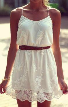 Robe blanche d'été à fine bretelles, blanche dentelle, ceinture marron, quinceanera dress 2015,gorgeous-dresses-