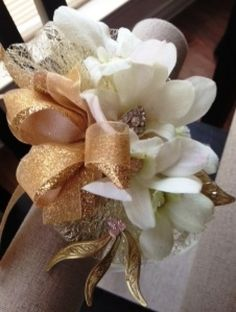 Prom Gold Glitz with White Homecoming Flowers, Prom Flowers, Fresh Flower Delivery, Cedar Park, Local Florist, Corsages, Boutonnieres, Prom Hair, Fresh Flowers