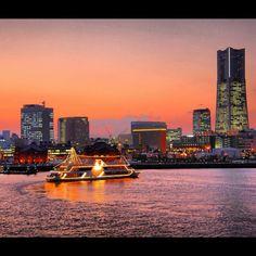 Yokohama Minato Mirai district sunset