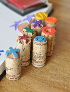 Cork crafts For Kids - Perfect Gift with Design Mom Cork Stamps Kids Crafts, Diy And Crafts, Craft Projects, Arts And Crafts, Paper Crafts, Recycling Projects, Easy Crafts, Easy Diy, Cork Art