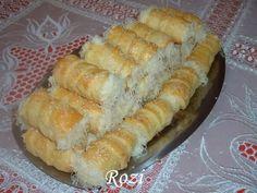 Rozi Erdélyi konyhája: Sajtos roló Hungarian Desserts, Hungarian Recipes, Puff Pastry Dough, Savory Pastry, Hot Dog Buns, Finger Foods, Food Hacks, Apple Pie, Bakery