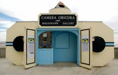 A walk-in working camera obscura produces 360-degree live images of the San Francisco coast.