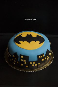 Glutenfree Batman Cake