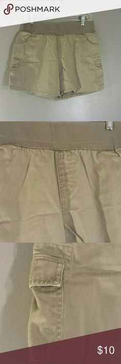 Motherhood maternity shorts Great for the expectant mother for spring.  Olive green shorts Motherhood Maternity Shorts