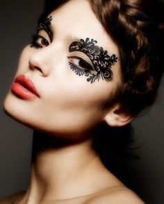 Face Lace-pizzo Makeup by Vivian Chou, via Behance