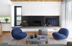 An Interior Designer's 'Tactile And Feminine' Canberra Home (The Design Files) Hippie Home Decor, Fall Home Decor, Autumn Home, Cheap Home Decor, Classic Home Decor, Classic House, Casual Family Rooms, Concrete Design, Furniture
