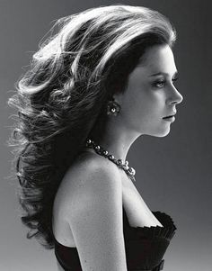 the perfection that is anna friel