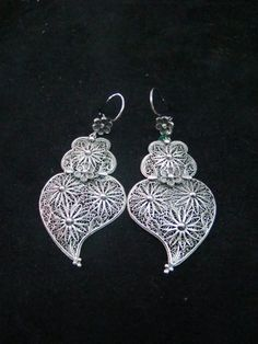 Portuguese filigrana earrings, silver.. WANT!