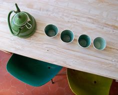 belle couleurs et l'idée du thé et bois, des éléments zen