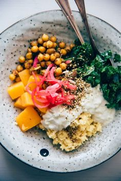 Hippie Bowl with Spicy Chickpea, Millet & Sweet Potato #vegan #recipe