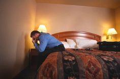Άντρας ταπεινώνει τη γυναίκα του που μένει στο σπίτι και δεν εργάζεται μέχρι που βλέπει ένα θετικό τεστ εγκυμοσύνης – Που δεν είναι όμως...
