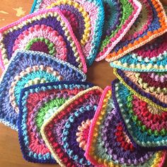 Textured Circles: free pattern.. An Expansion on the Circle of Friends Square.. Note: This square is a slight modification of the Circle of Friends Square by Priscilla Hewitt (Ravelry).