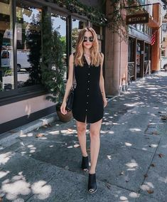 31 casual dress ideas for women to look chic every day Black Summer Outfits, Trendy Outfits For Teens, All Black Outfit, Fall Outfits, Fashion Outfits, Summer Dresses, Outfit Vestido Negro, Casual Dresses, Casual Outfits