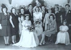 Prisoner, Bridesmaid Dresses, Wedding Dresses, Wedding Photos, Inspiration, Fashion, Bridesmade Dresses, Bride Dresses, Marriage Pictures
