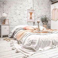 Desejo do dia #homeit #cooldecor #cool #decor #design #decoracao #decoração #decorlovers #amazing #awesome #amazingview #cool #cooldecor @lyfeinteriors