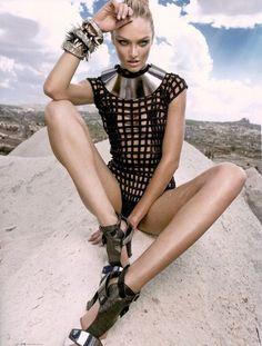 Candice Swanepoel by Eduardo Rezende for Elle Brazil