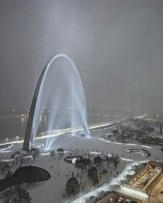 Silent Night Snowy Arch - Architecture and Urban Living - Modern and Historical Buildings - City Planning - Travel Photography Destinations - Amazing Beautiful Places Saint Louis Arch, St Louis Mo, Lombard Street, Alesund, Stl Arch, Great Places, Places To Go, Nova Orleans, Gateway Arch