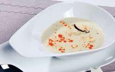 Thajská pikantná kokosová polievka