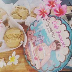 Vanilla Vegan Cupcakes! Yet to be frosted! ...  V E G A N  G L U T E N  F R E E  C R U E L T Y  F R E E  REFINED SUGARFREE ... RECIPE UP SOON ... #Vegan #veganfoodshare #cake #vintage #retro #coffee #cafe #veganfood #vegancommunity #bbg #healthy #fitness #cheatclean #baking #dairyfree #sugarfree #lowcarb #keto #fitspo #inspiration #motivation #cooking #recipe #veganrecipe #vegancooking #musclebuilding #gym #foodie #foodporn #crueltyfree