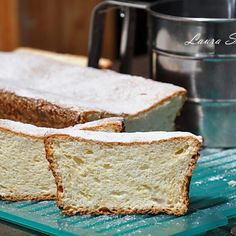 Prajitura cu alune si ciocolata   Retete culinare cu Laura Sava - Cele mai bune retete pentru intreaga familie Mai, Bread, Breads, Bakeries