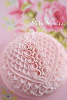carved soap - very pretty and nice, but too much time and work in my opinion. Would have to charge way more than I'd like. Diy Soap Carving, Soap Sculpture, Bath Soap, Cleaners Homemade, Soap Making, Soap Display, Best Cleaning Products, Soap Recipes, Handmade Soaps