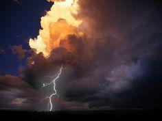 Google Image Result for http://s.imwx.com/img/images/wxready/thunder-rebuild-432-324.jpg
