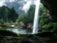 My favorite waterfall...Noccalula Falls downtown Gadsden, Alabma