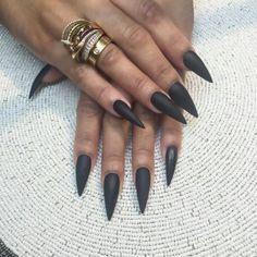 Teana Nails | Dark Matte Green Stiletto Acrylic Nails w/ Ring Set