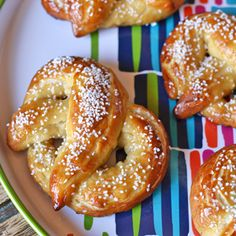 Homemade Soft Pretzels via @NoFearKitchen