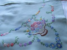 Vintage Hand Embroidered Table Cloth-PRETTY RAISED FLORAL DAISY BASKETS