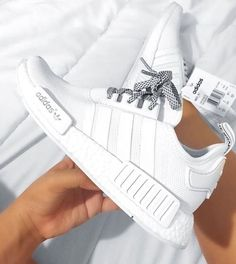 100% authentic 96bdd a6dbb Women Running Sneakers Sports Shoes - Adidas White Sneakers - Latest and  fashionable shoes - Women Running Sneakers Sports Shoes