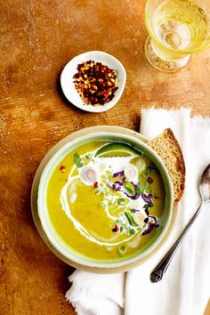This Red Lentil Cilantro Coconut Soup is a beautiful flavorful soup with hints of lemongrass. It's a most pleasantly filling vegan soup. Red lentils are wonderful because they are quick and… Coconut Soup Recipes, Vegetable Soup Recipes, Gourmet Recipes, Vegan Recipes, Susan Recipe, Vegan Soup, Nutrition, Yummy Eats, Lentils
