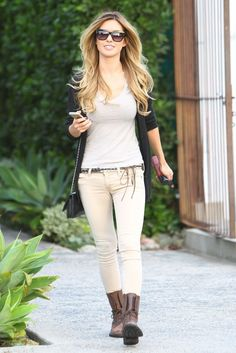 Audrina Patridge Is All Smiles in West Hollywood #neutrals #basic