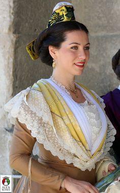 Traditional Fashion, Traditional Dresses, French Costume, Costumes Around The World, Tartan Dress, Provence France, Folk Costume, People Around The World, Woman Face