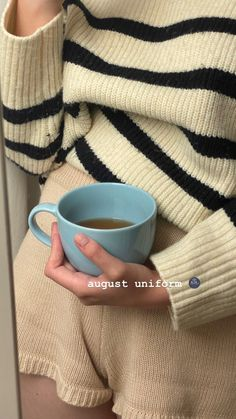 Creative Instagram Stories, Instagram Story Ideas, Mode Outfits, Fashion Outfits, Looks Style, My Style, Lounge Wear, Photo And Video, Lifestyle