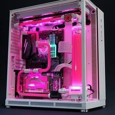 gaming setup As gaming PCs become more and more affordable, the possibilities of the kind of specs and features you can get in PCs under 700 Dollars are just endless. Gaming Computer Setup, Gaming Pc Build, Gamer Setup, Gaming Pcs, Gaming Room Setup, Pc Setup, Computer Build, Computer Desks, Computer Programming