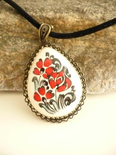 Hand painted pendant in bronze bezel /Turkish Iznik tile art / floral pattern pottery art / hand made ceramic necklace / unique gift idea by TurkishAccessories on Etsy