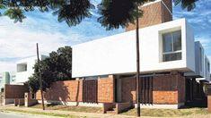 Terminaciones de fachadas en ladrillo visto Red Bricks, Townhouse, Mansions, Architecture, Outdoor Decor, Design, Home Decor, Facades, Google