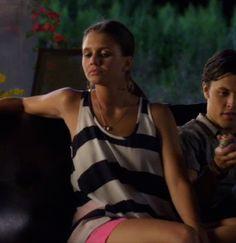 """Emma's Jack by Bb Dakota Striped Tulip-back Tank Top The Lying Game Season 2, Episode 3: """"Advantage Sutton"""""""