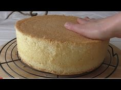 İdeen Easy Cake You can use vanilla, orange or lemon zest,